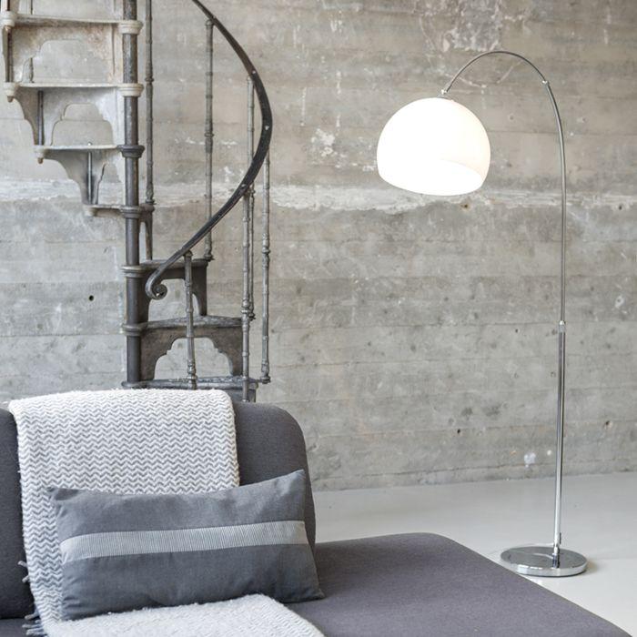 Moderne-booglamp-chroom-met-witte-kap---Arc-Basic