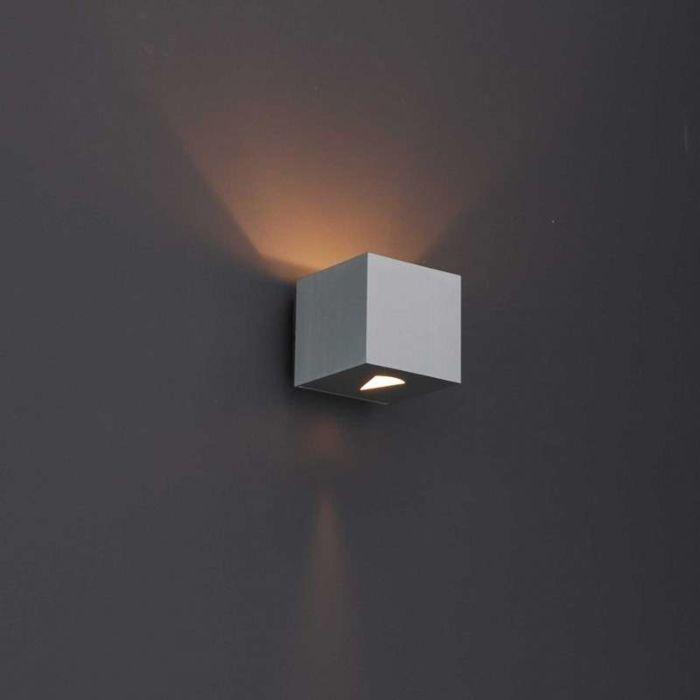 Moderne-wandlamp-aluminium-vierkant---Effect