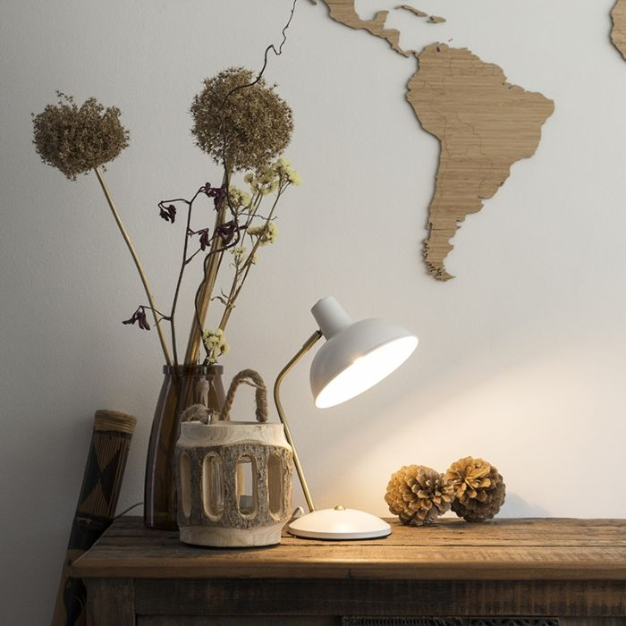 Moderne-tafellamp-wit-met-brons---Milou